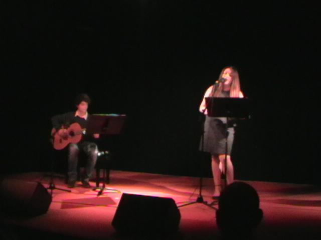 Canción contemporanea, interpretada por Thais Matuz